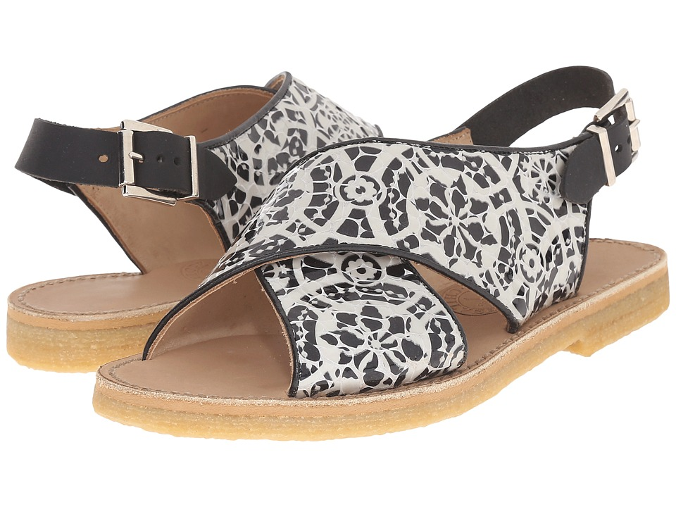 Penelope Chilvers - Max Alhambra (Black/White) Women's Shoes