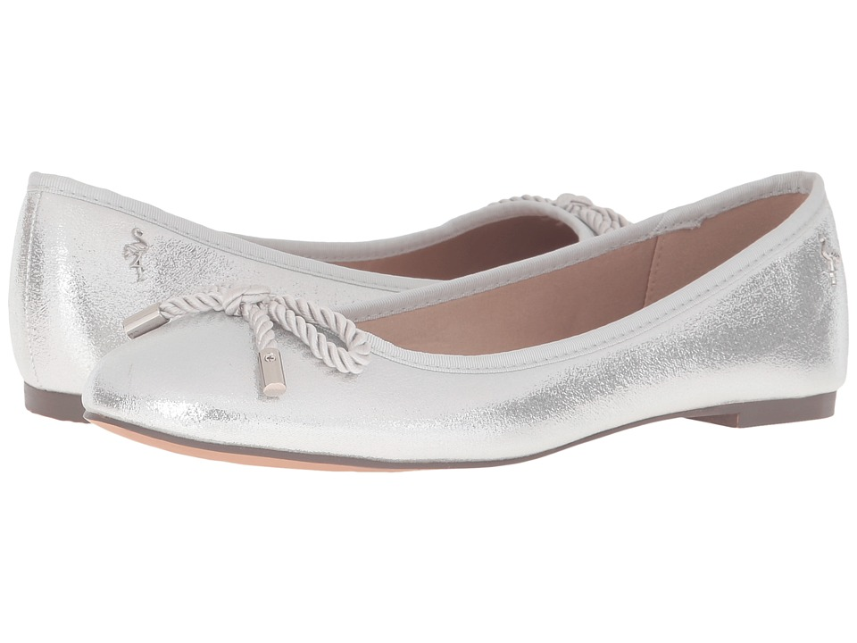 Menbur - Zinnia (Silver) Women's Flat Shoes