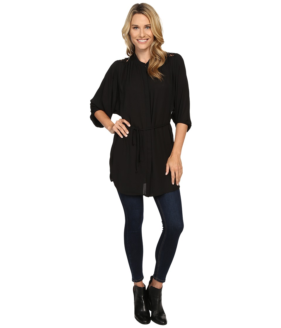 B Collection by Bobeau - Maren Lace Trim Woven Tunic (Black) Women's Blouse