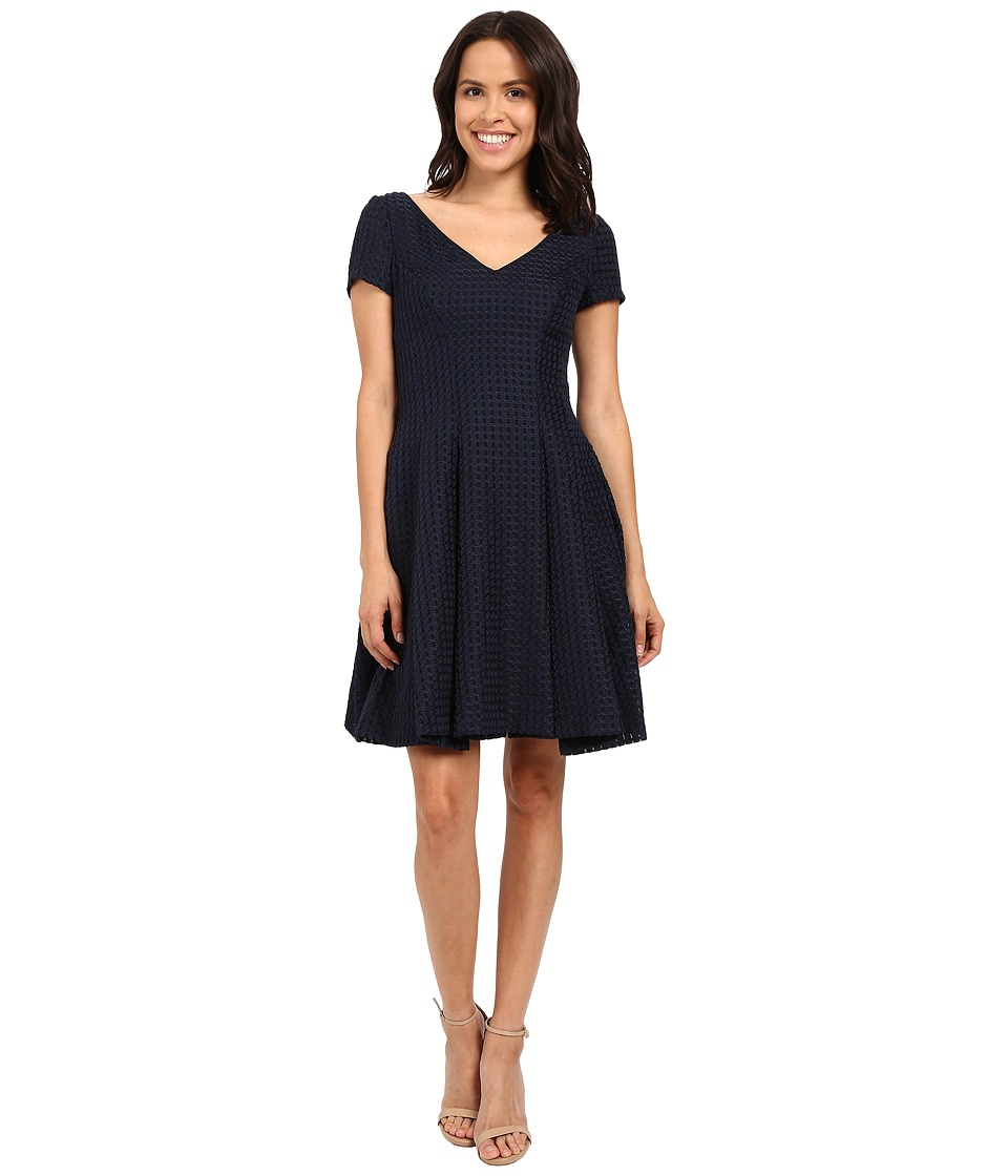 NUE by Shani Fit Flare V-Neck Novelty Woven Dress (Navy) Women