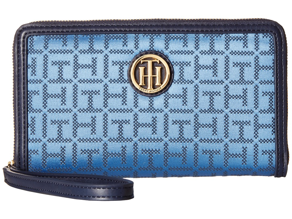 Tommy Hilfiger - TH Serif Signature - Carryall - Monogram Jacquard Around (Silverlake/Denim) Wristlet Handbags