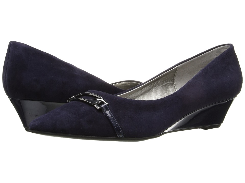 Bandolino - Yorinna (Navy Faux Suede) Women's Shoes