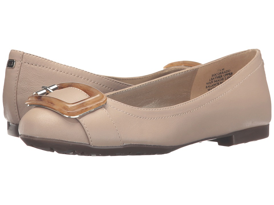 Bandolino - Corrado (Oyster Pearl Leather) Women's Shoes