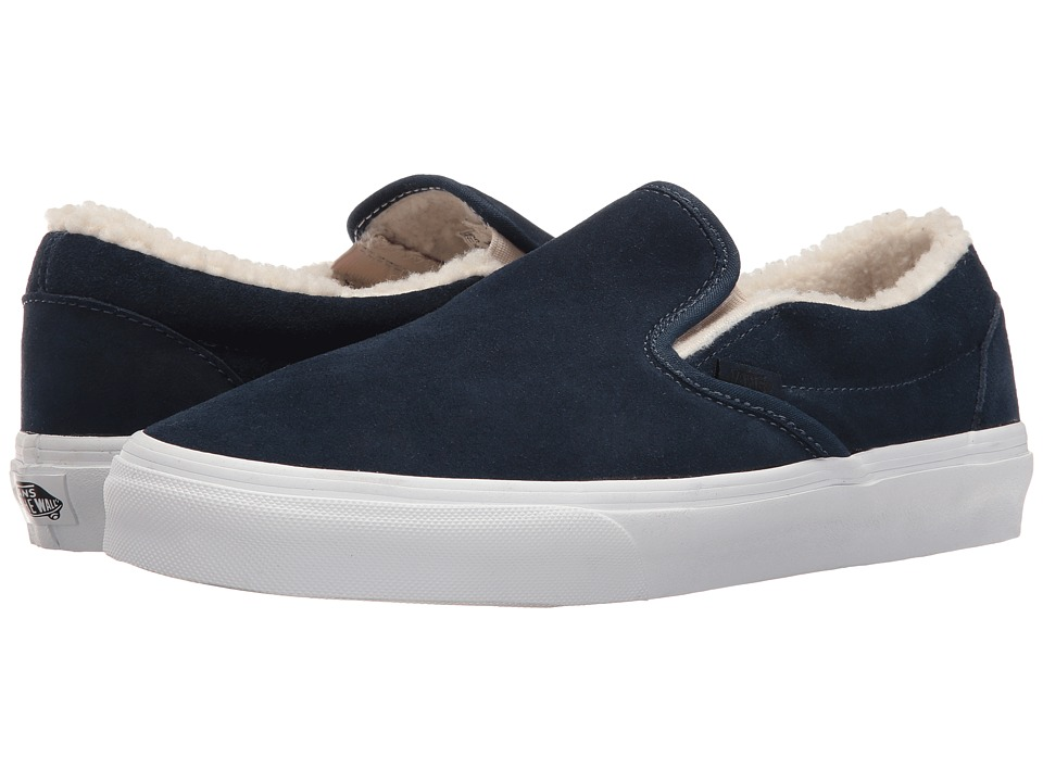 Vans - Classic Slip-On ((Suede/Fleece) Dress Blues/True White) Skate Shoes