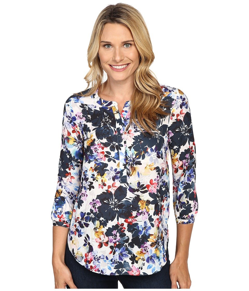 NYDJ - 3/4 Sleeve Pleat Back (Hepburn Shadow Floral Black) Women's Blouse