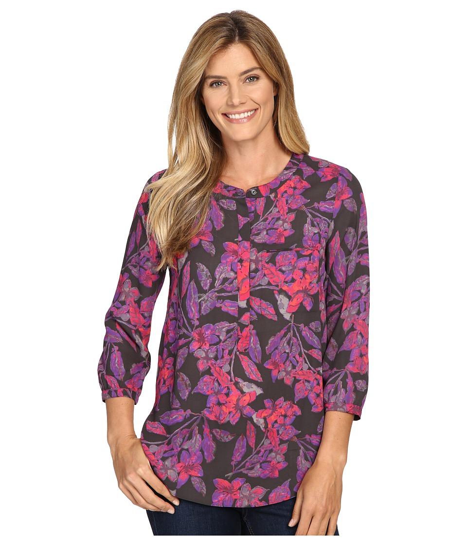 NYDJ - 3/4 Sleeve Pleat Back (Eastern Garden Sportswear Vivid) Women's Blouse