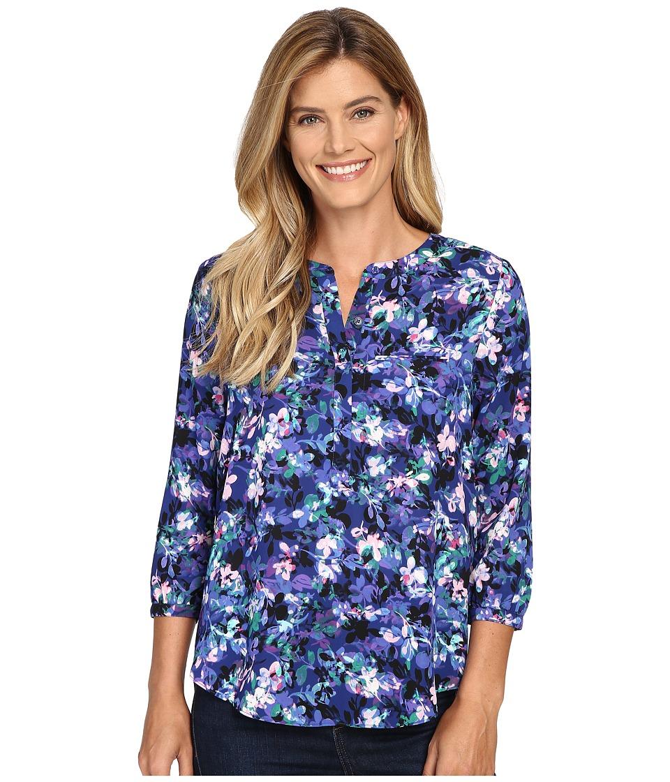 NYDJ - 3/4 Sleeve Pleat Back (Velvet Bouquet Blue Velvet) Women's Blouse