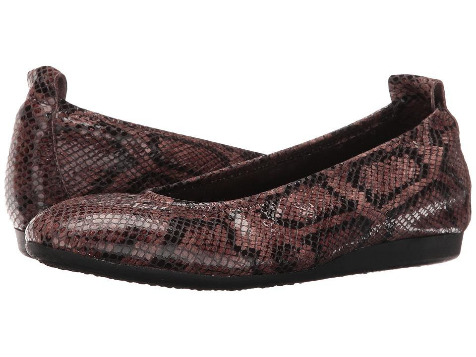Arche - Laius (Stone 1) Women's Slip on  Shoes