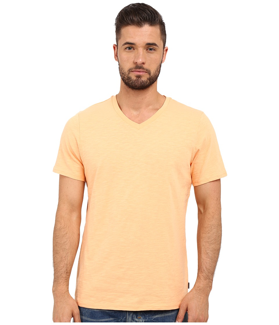 Threads 4 Thought - Robert V-Neck Slub Cotton (Melon) Men's T Shirt