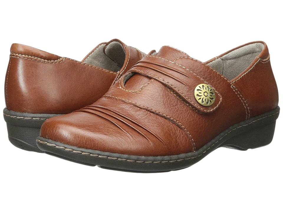 Naturalizer - Response (Tan) Women's Shoes