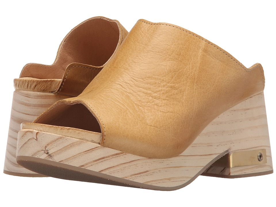 Free People - Orange Moon Clog (Sand) Women's Clog Shoes