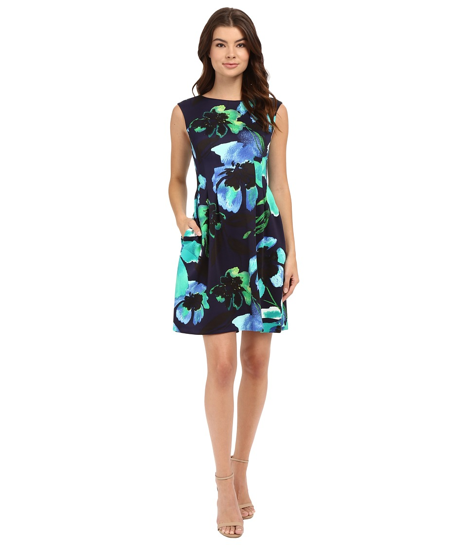 Vince Camuto - Printed Scuba Extended Cap Sleeve Fit and Flare with Release Pleats (Navy) Women's Dress