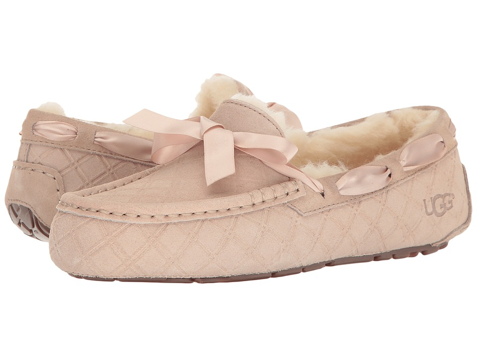 UGG - Dakota Double Diamond Holiday Gift Box (Freshwater Pearl) Women's Lace Up Moc Toe Shoes