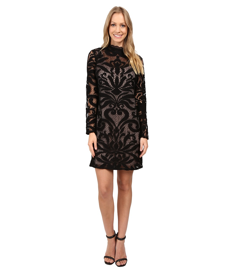 Adrianna Papell - Lined Art Deco Lace Shift Dress (Black/Pale Pink) Women's Dress