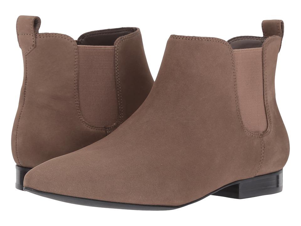 Nine West - Holdon (Taupe/Taupe Nubuck) Women's Slip-on Dress Shoes