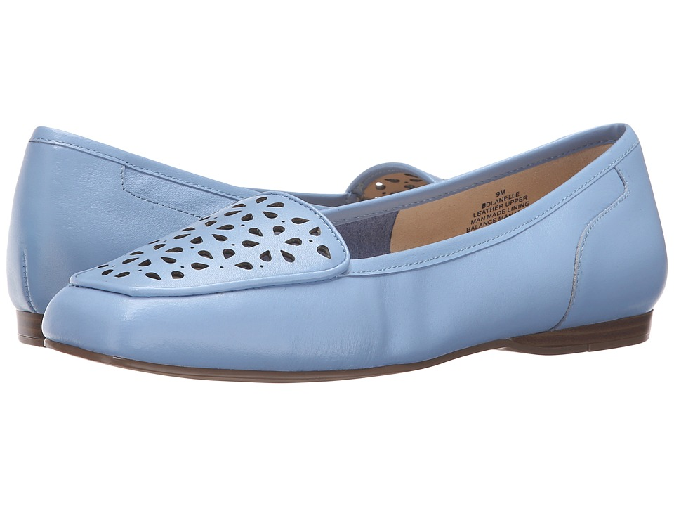 Bandolino Lanelle (Light Blue Leather) Women
