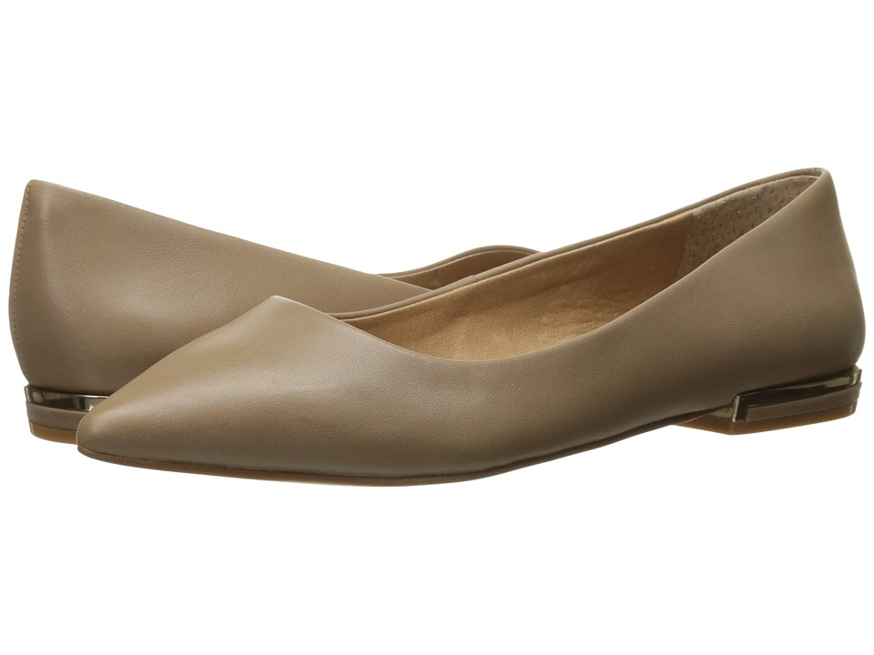 Tahari - Elvie (Cabin Taupe Leather) Women's Shoes