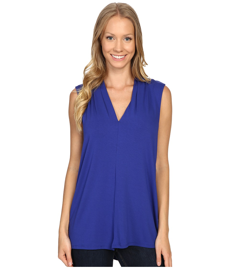 Vince Camuto - Sleeveless V-Neck Top (Optic Blue) Women's Clothing