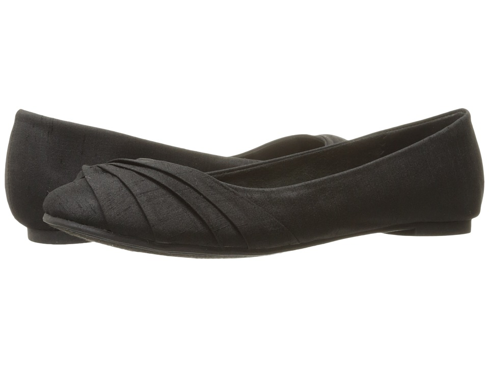 Rocket Dog - Myrna (Black Thai Silk) Women's Slip on Shoes