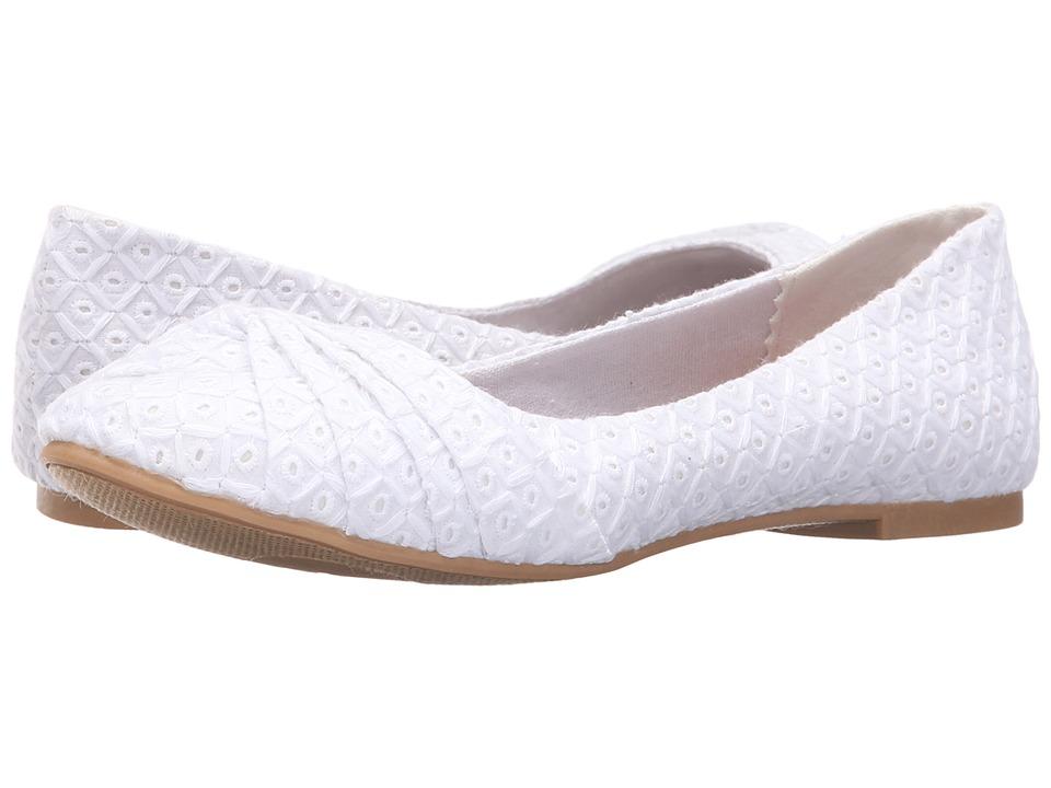 Rocket Dog - Myrna (White Kingsley) Women's Slip on Shoes