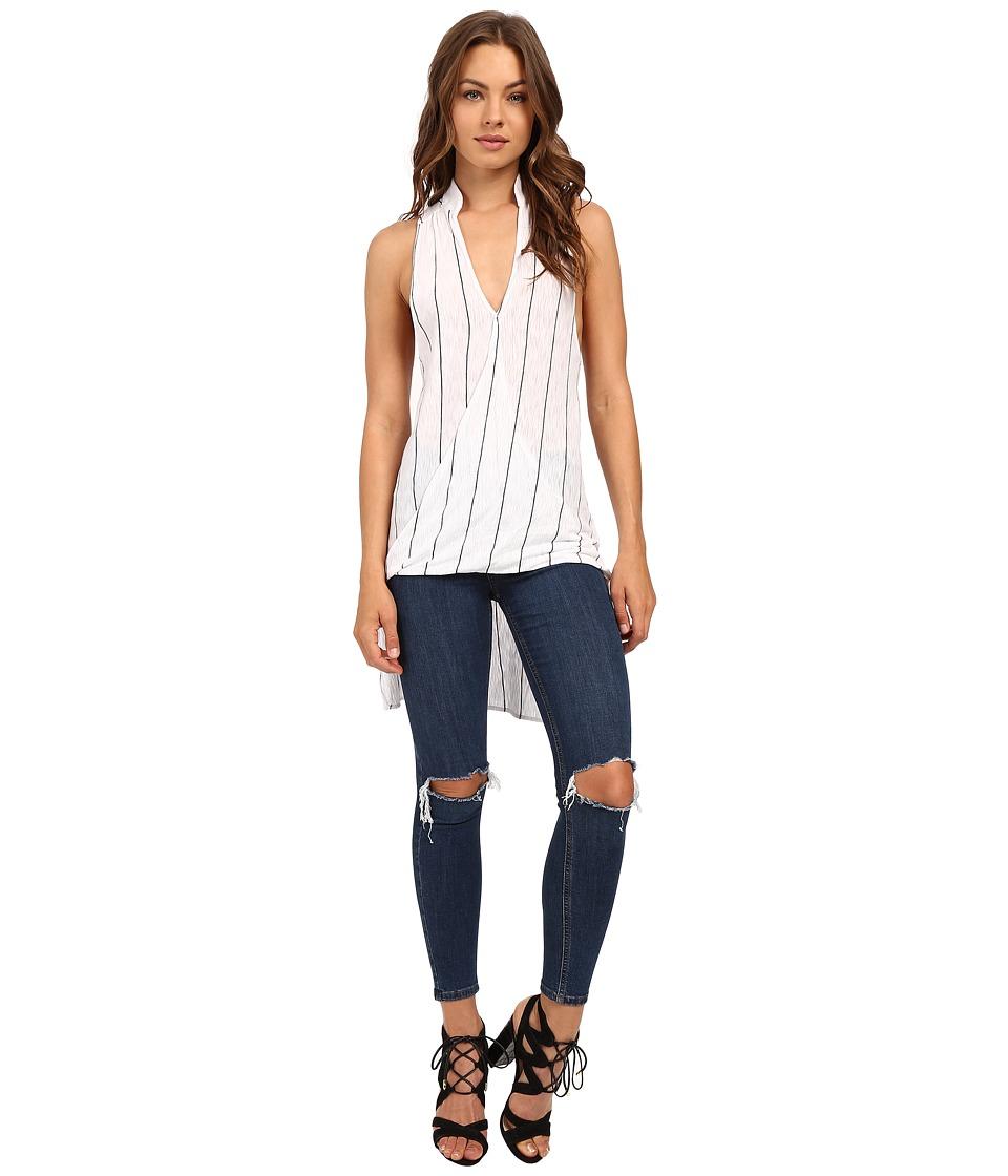 Culture Phit - Sadia High-Low Overlap Tank Top (White/Black) Women's Sleeveless