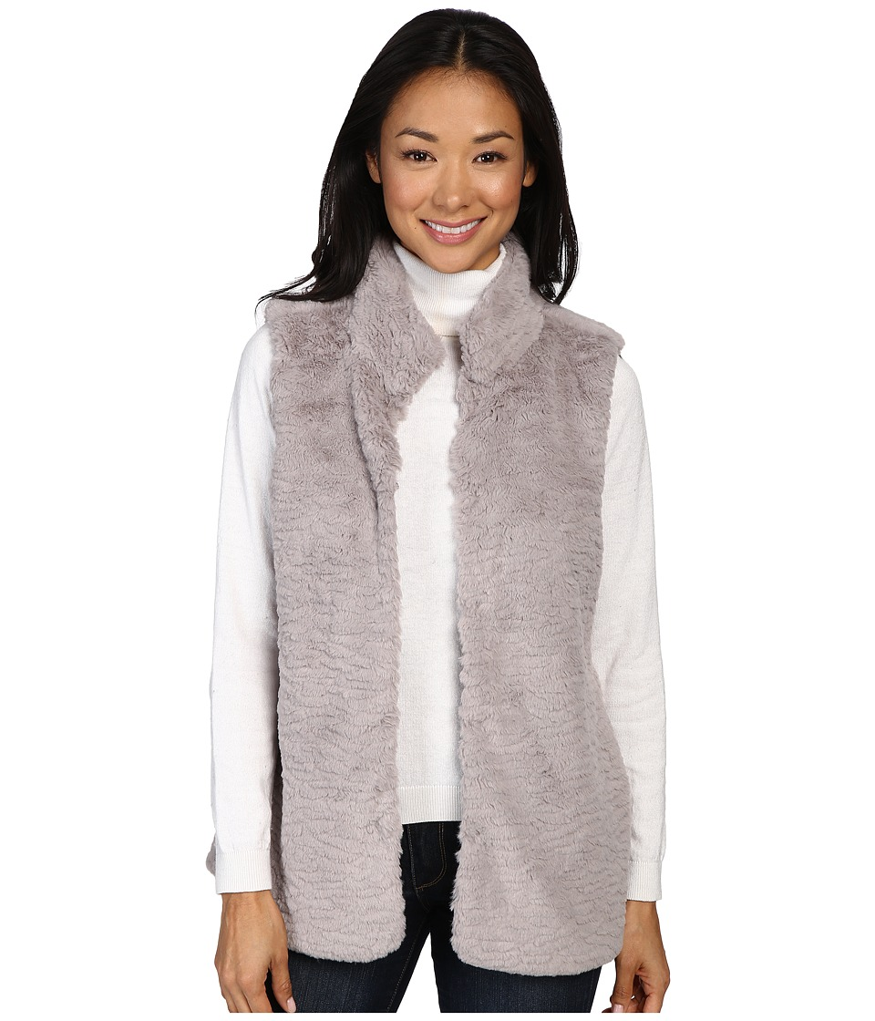 Dylan by True Grit - Plush Faux Vintage Heather Fur Hook Vest w/ Pockets (Heather) Women's Vest