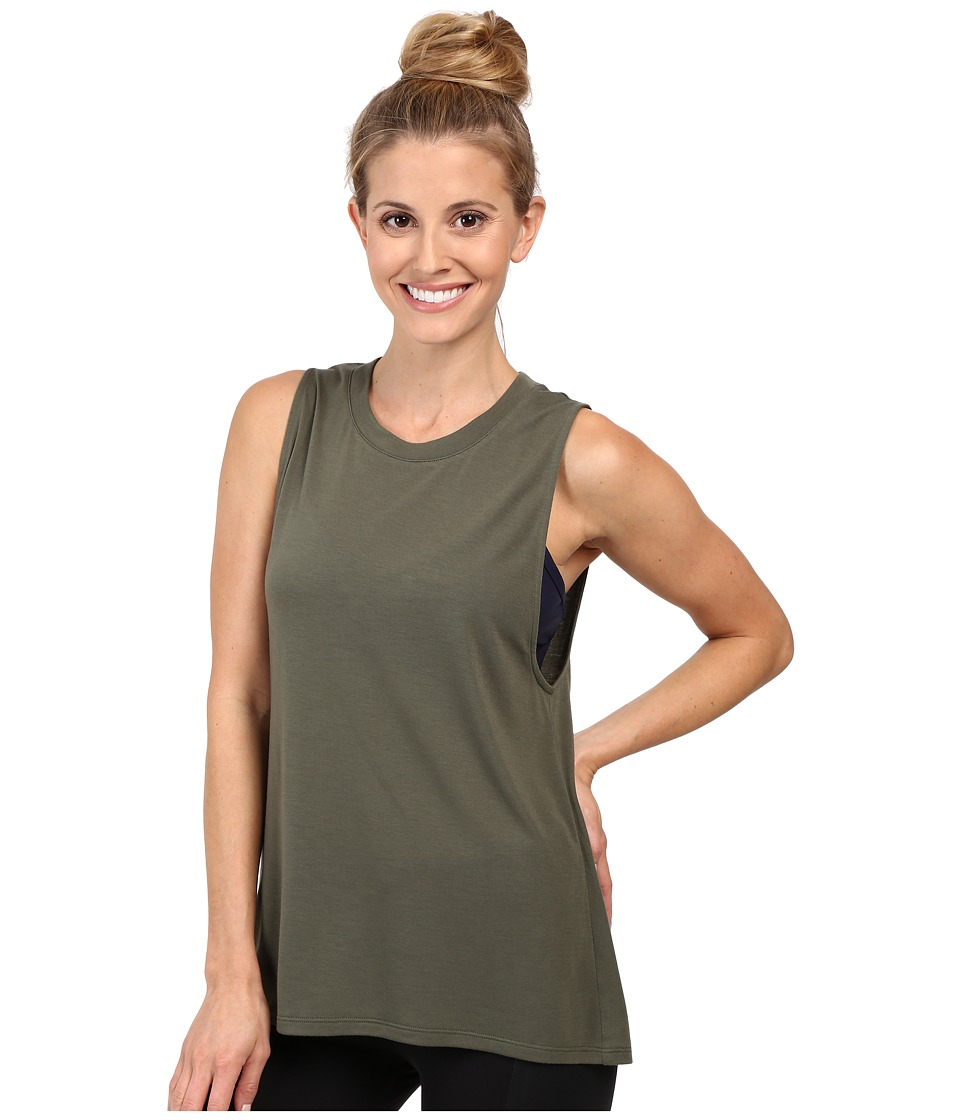 ALO - High Low Muscle Tank Top (Jungle) Women's Sleeveless