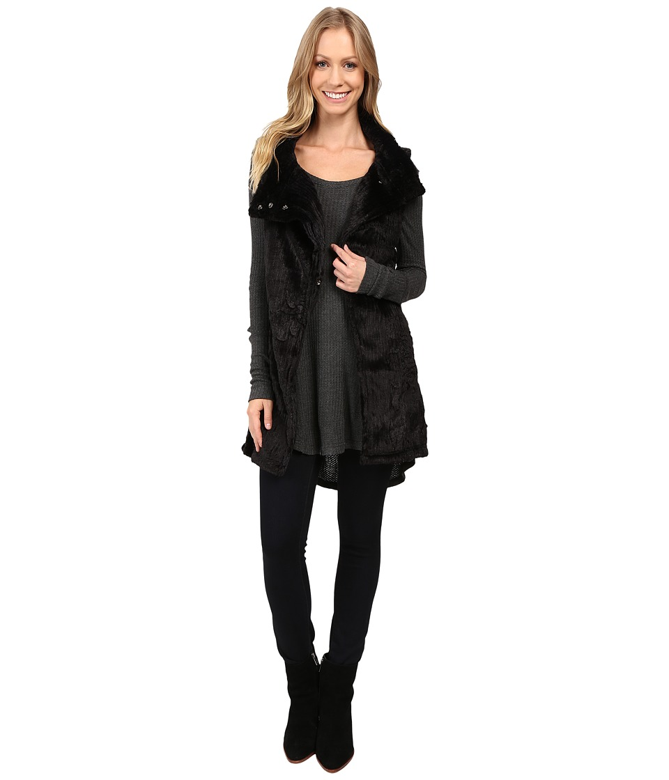 Dylan by True Grit - Plush Faux Black Rose Embossed Fur Long Snap Vest (Black) Women's Vest