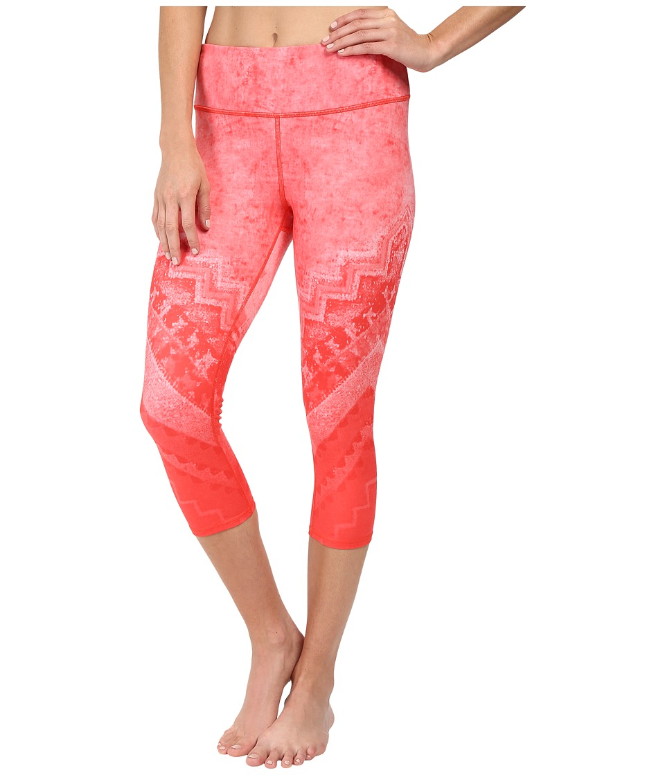 ALO - Airbrushed Capri (Poppy Casbah) Women's Workout