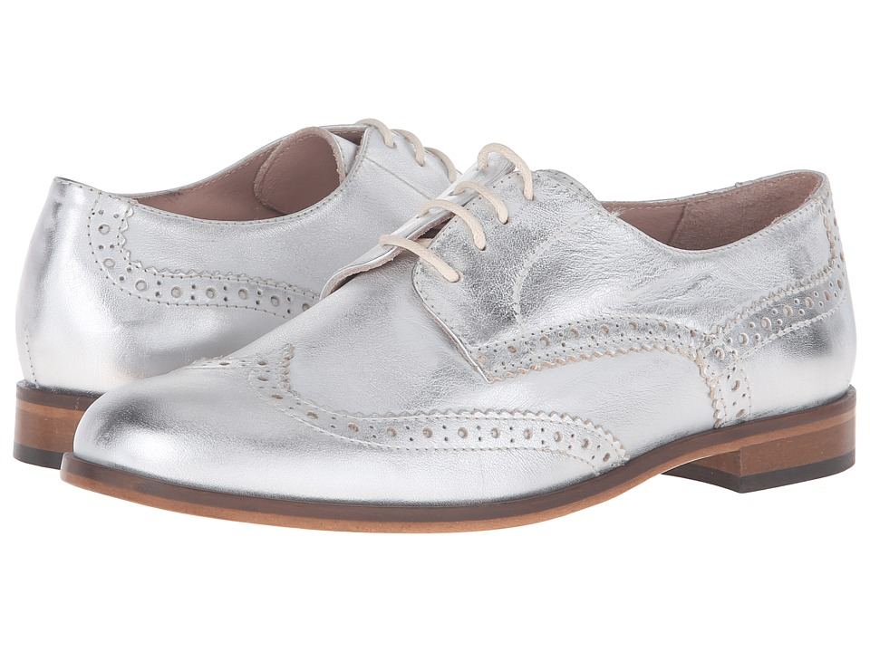 Summit by White Mountain - Dawson (Silver Metallic Leather) Women's Shoes