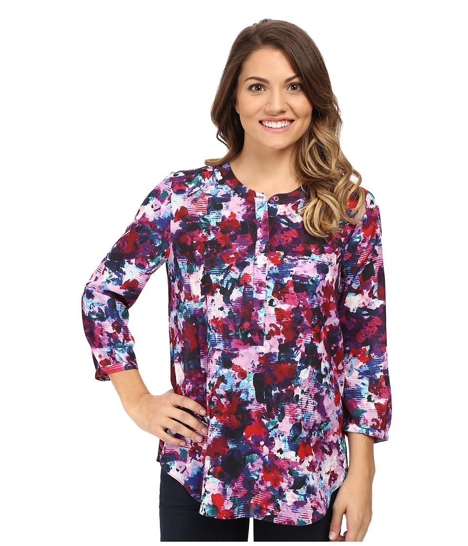 NYDJ Petite - Petite Solid 3/4 Sleeve Pleat Back (Loverly Blossoms) Women's Long Sleeve Pullover