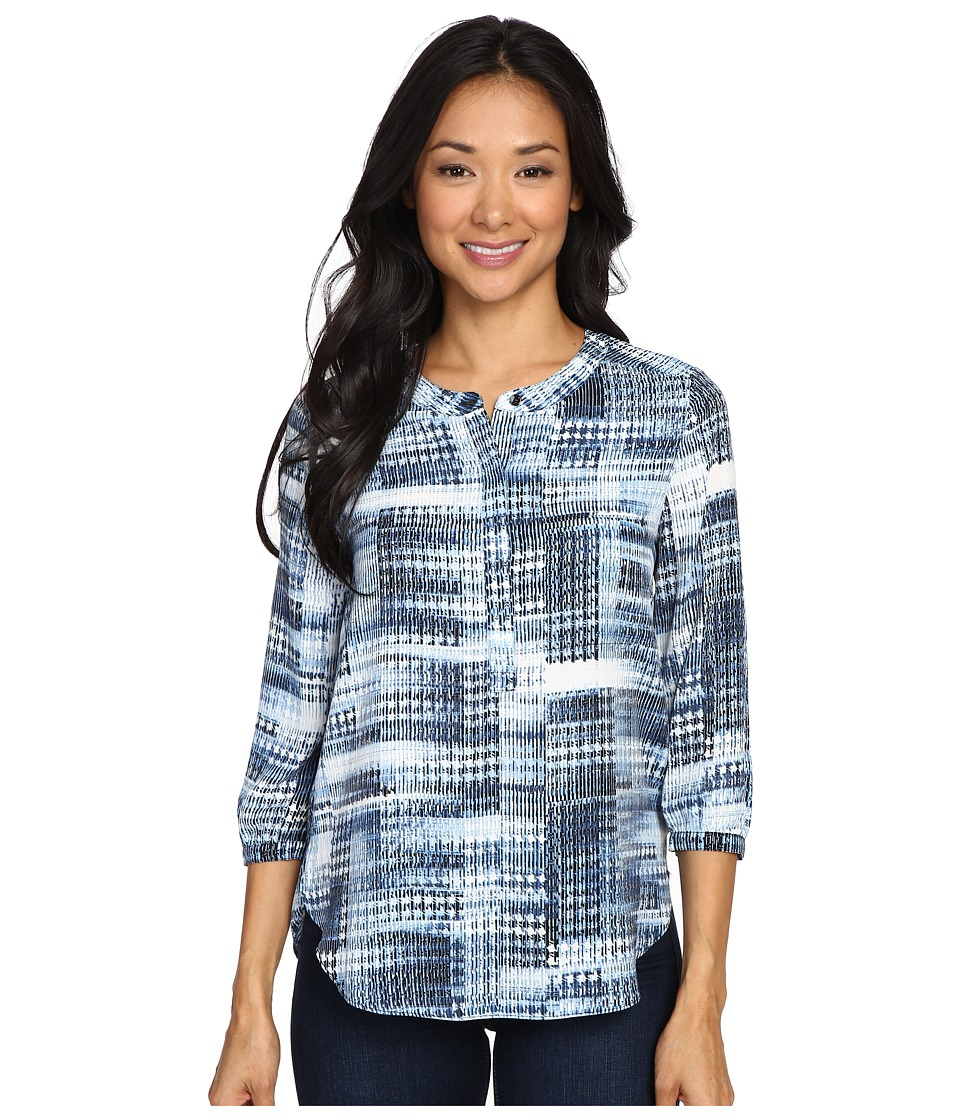 NYDJ Petite - Petite Solid 3/4 Sleeve Pleat Back (Lady Luck Houndstooth) Women's Long Sleeve Pullover