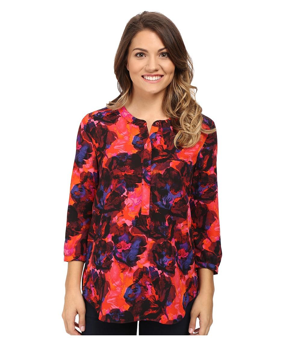 NYDJ Petite - Petite Solid 3/4 Sleeve Pleat Back (Carmine Promise) Women's Long Sleeve Pullover