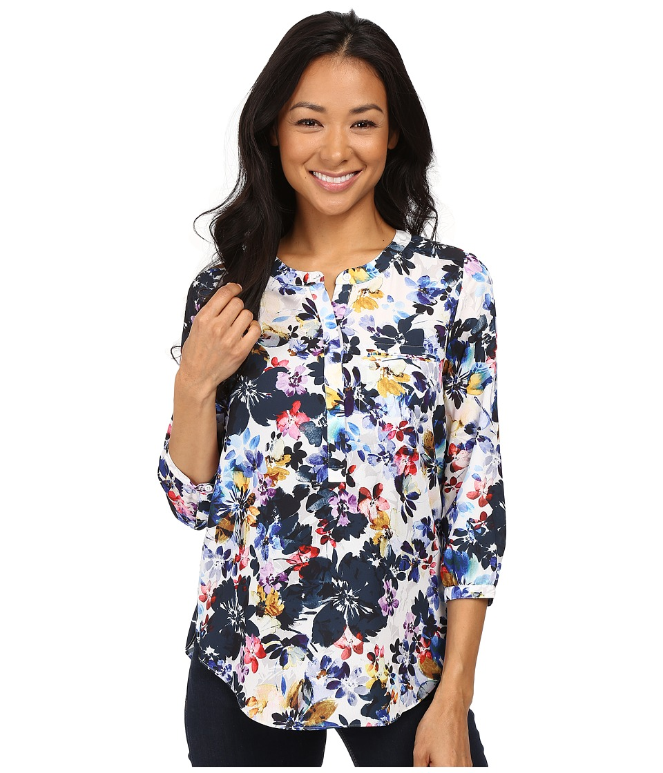NYDJ Petite - Petite Solid 3/4 Sleeve Pleat Back (Hepburn Shadow Floral) Women's Long Sleeve Pullover