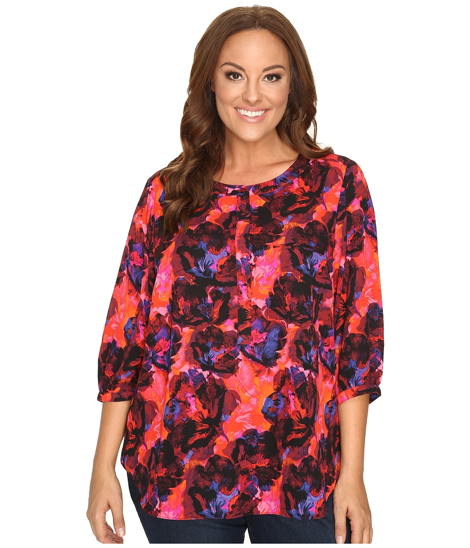 NYDJ Plus Size - Plus Size Solid 3/4 Sleeve Pleat Back (Carmine Promise) Women's Long Sleeve Button Up