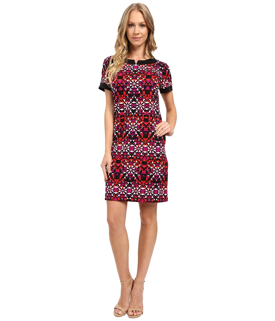 London Times - Star Tile Short Sleeve Shift Dress (Red Combo) Women