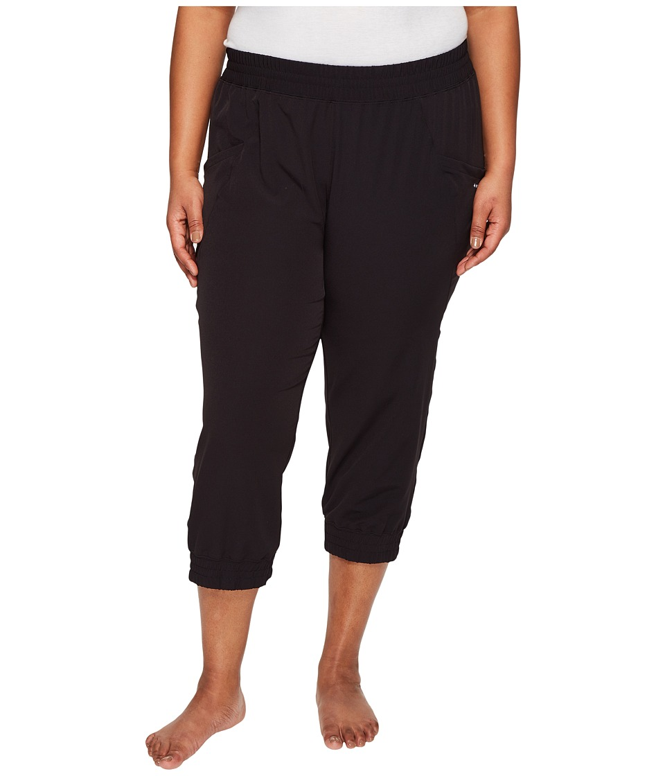 Soybu Plus Size Skim Capris (Black) Women