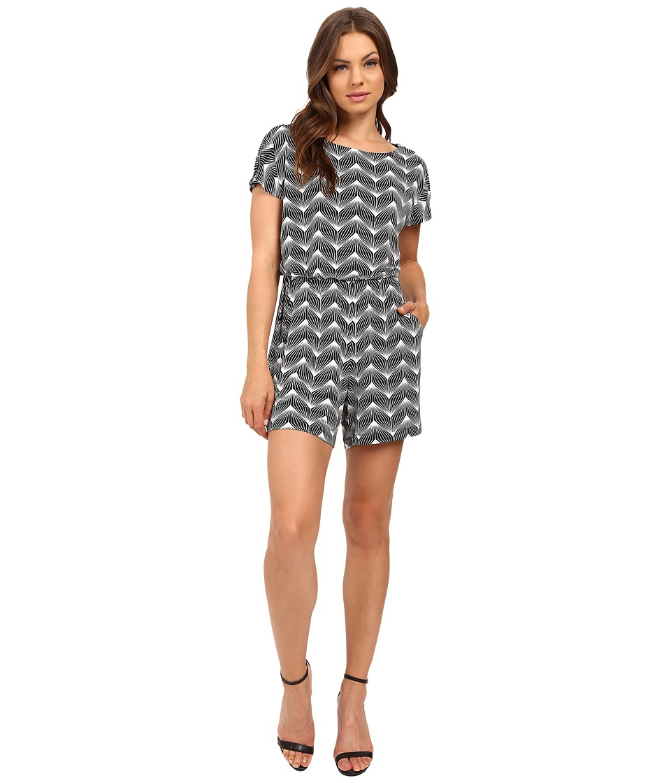 Sangria - Geo Print Romper w/ Pockets (Black/Ivory) Women's Jumpsuit & Rompers One Piece