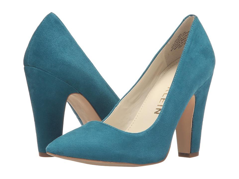 Anne Klein Hollyn (Turquoise Suede) Women