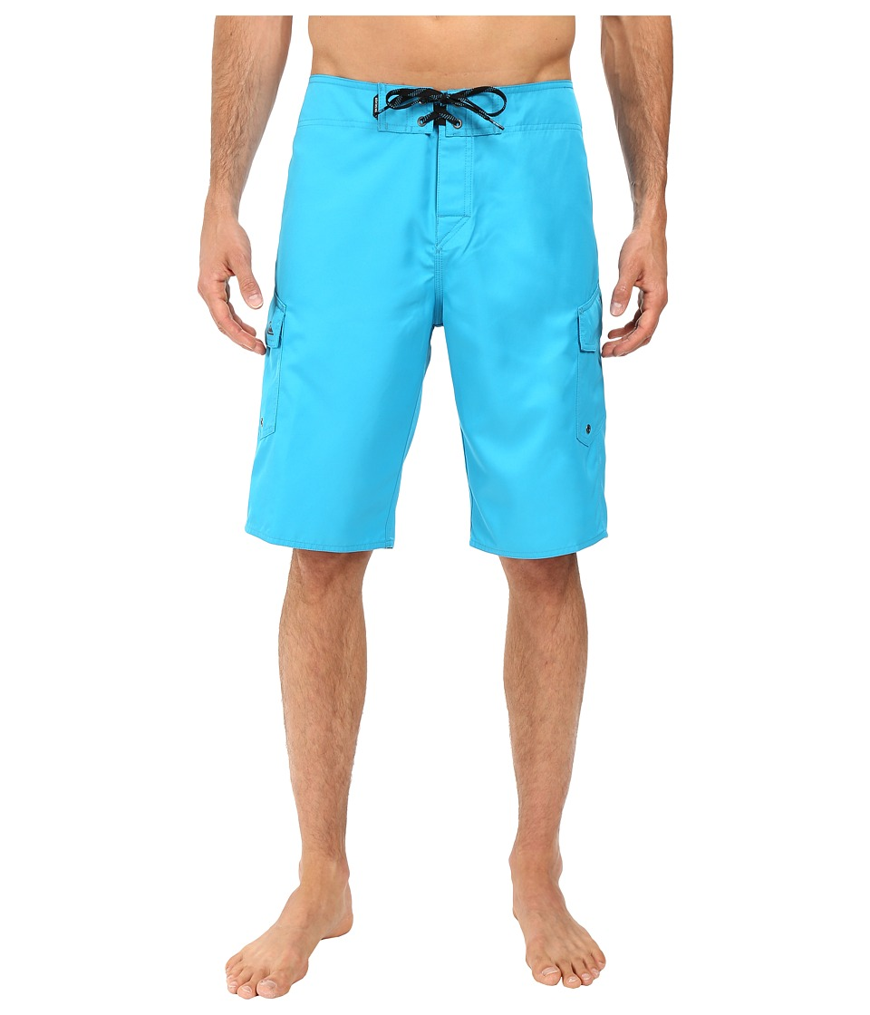 Quiksilver - Manic 22 Boardshorts (Hawaiian Ocean) Men's Swimwear