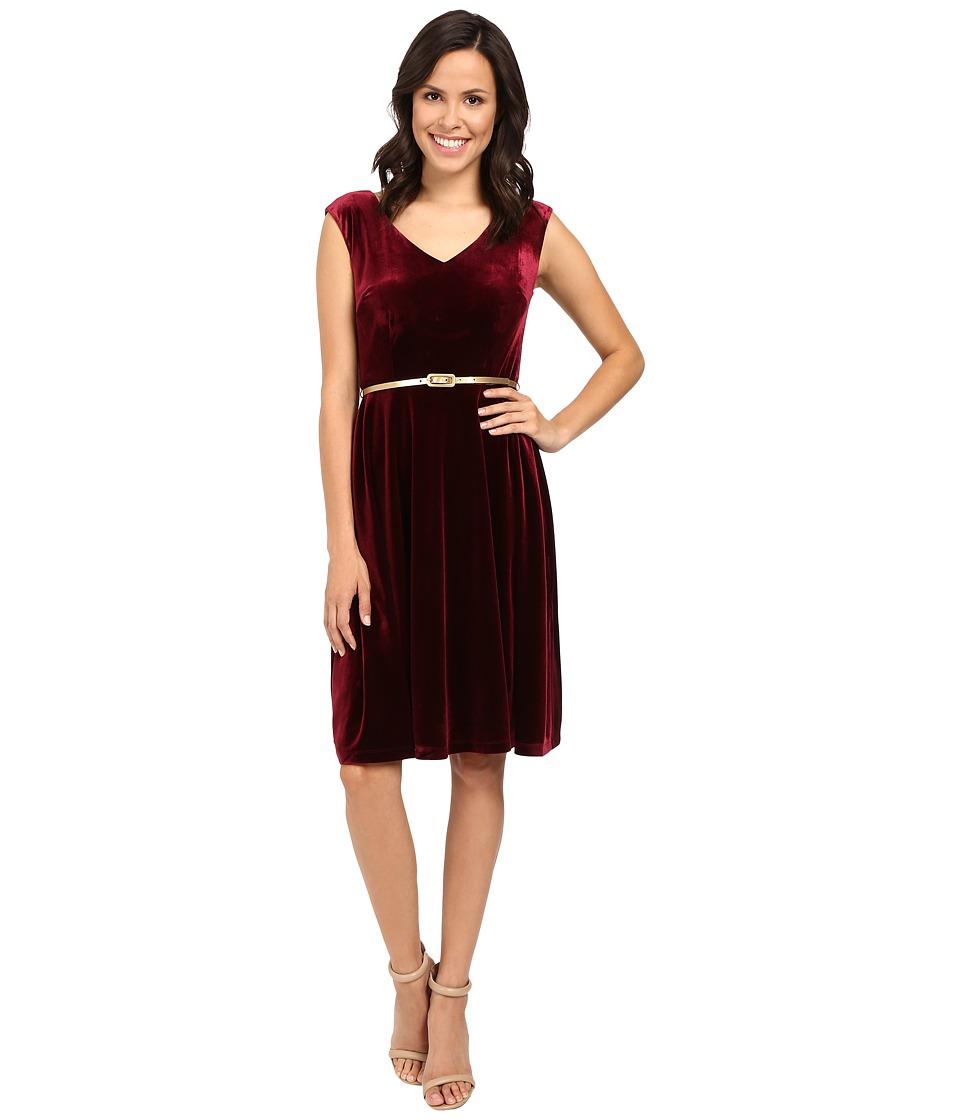 London Times - Cap Sleeve V-Neck Velvet Full Skirt (Wine) Women's Dress
