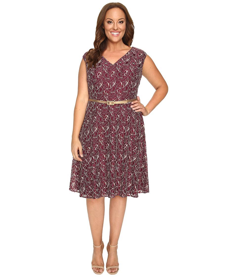 London Times - Plus Size Cap Sleeve V-Neck Lace Full Skirt (Wine) Women's Dress