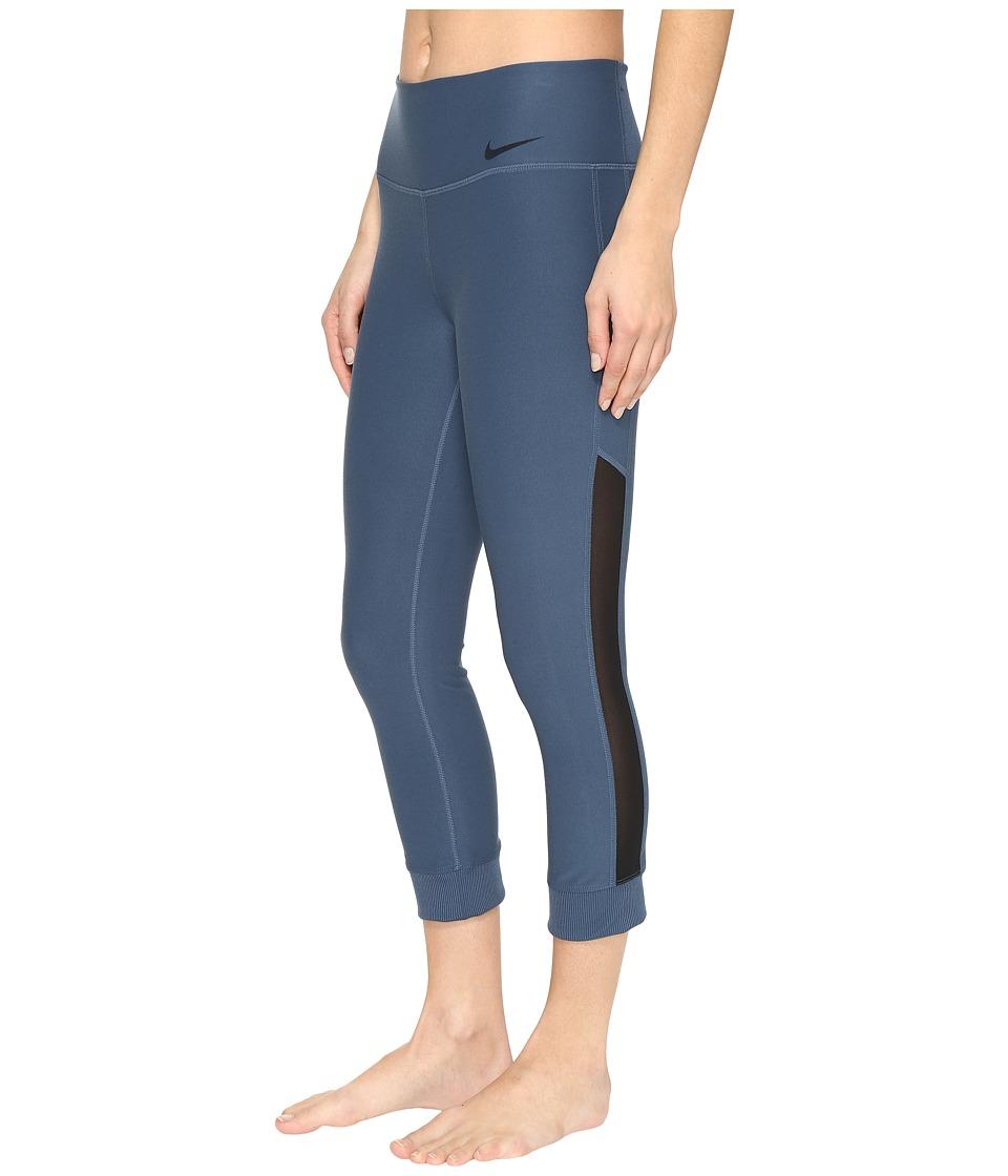 Nike - Power Legend Veneer Training Capri (Squadron Blue/Black) Women's Casual Pants
