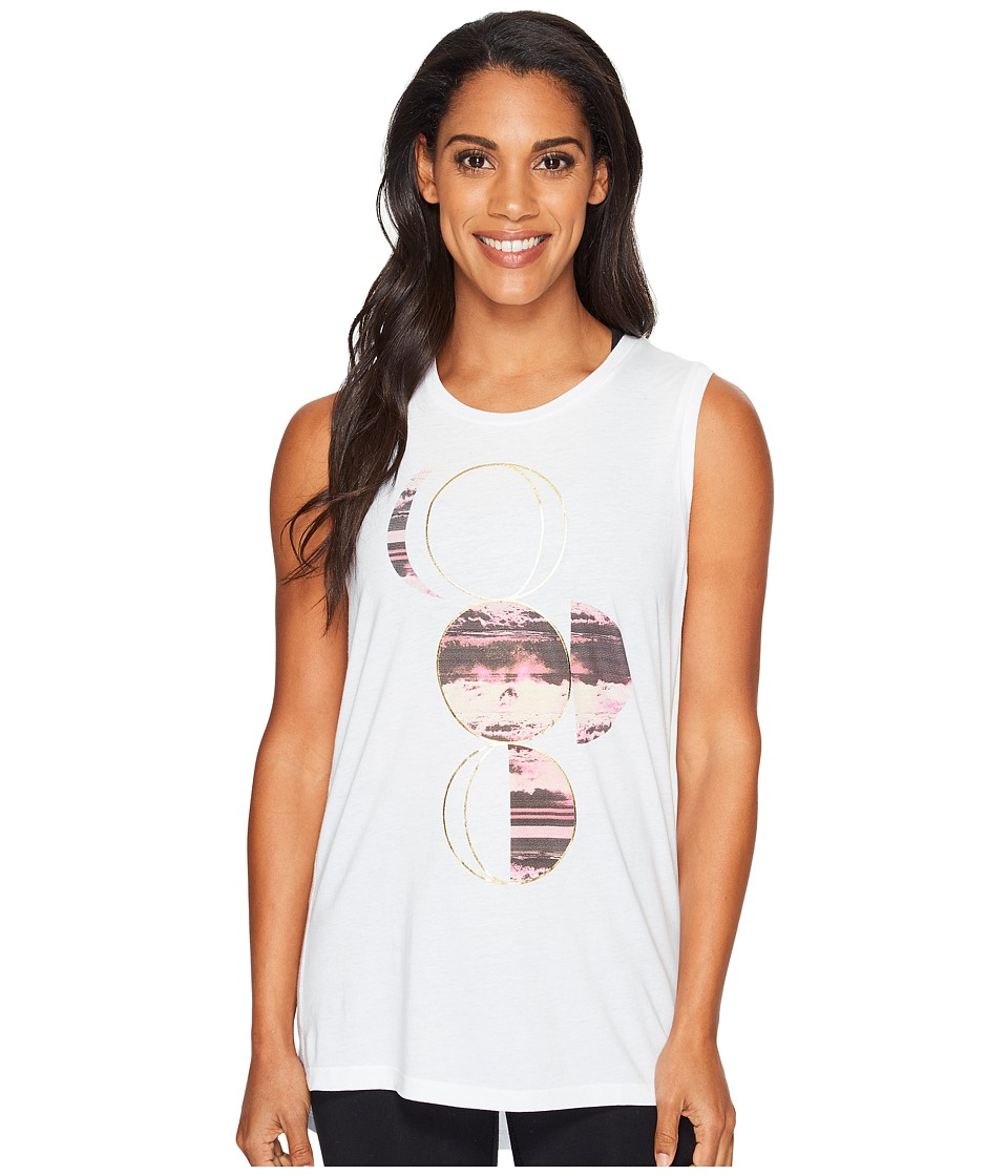Lucy - Moon with Foil Graphic Tank Top (Lucy White) Women's Sleeveless