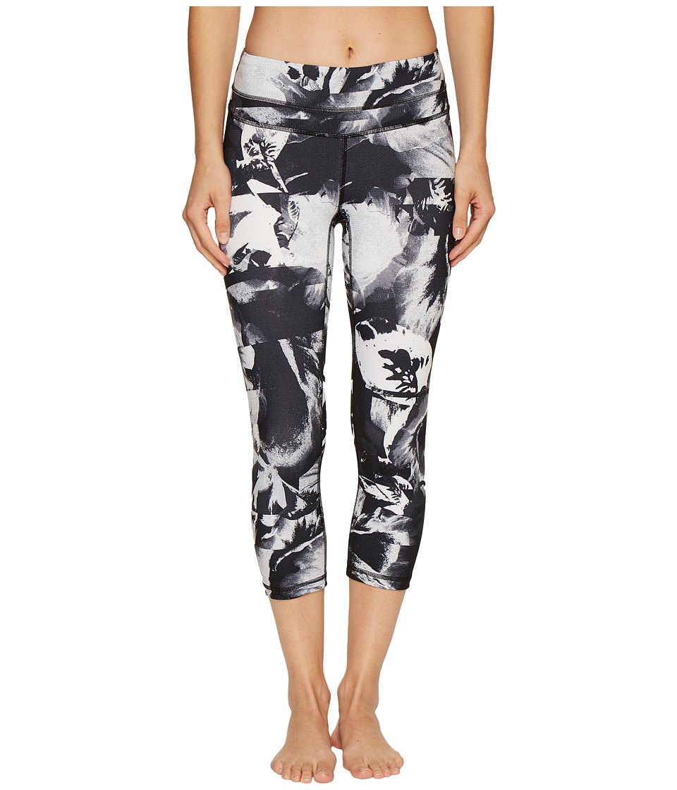 Lucy - Studio Hatha Capri Leggings (Lucy Black Abstract Floral Print) Women's Workout