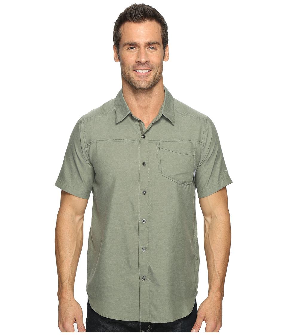 Columbia - Pilsner Peak II Short Sleeve Shirt (Cypress) Men's Short Sleeve Button Up