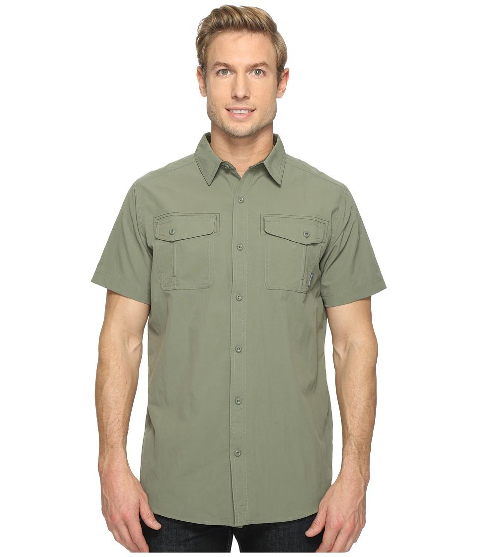 Columbia - Twisted Divide Short Sleeve Shirt (Cypress/Peatmoss) Men's Short Sleeve Button Up