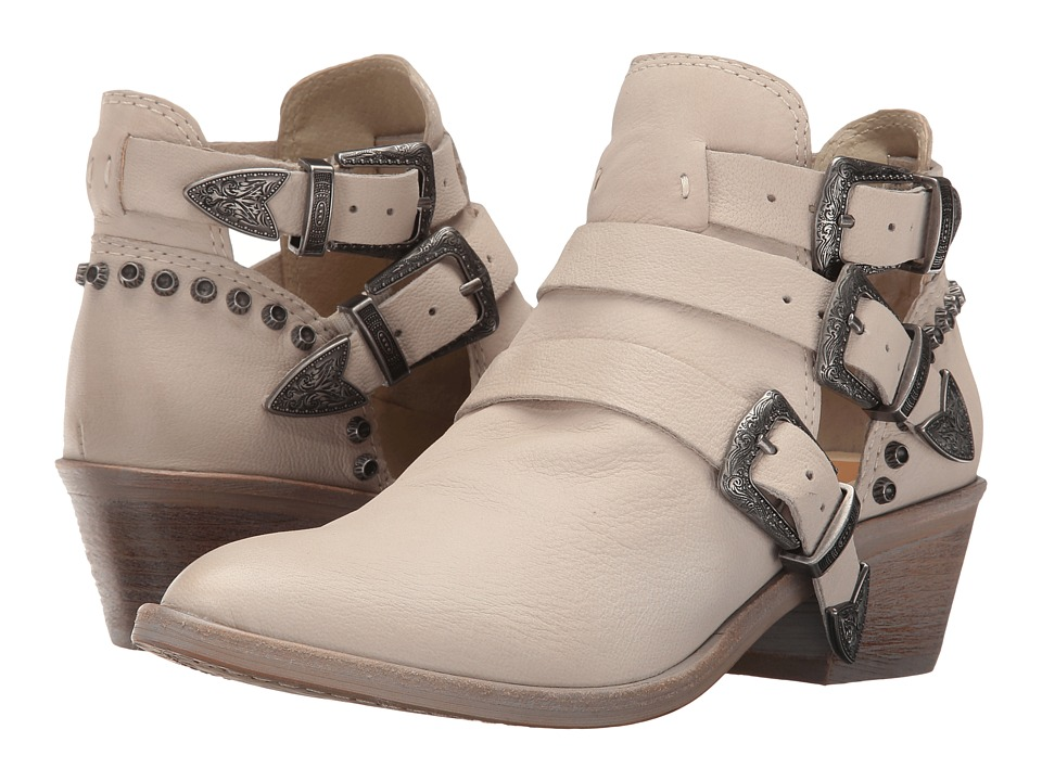 Dolce Vita Spur (Sand Nubuck) Women's Shoes
