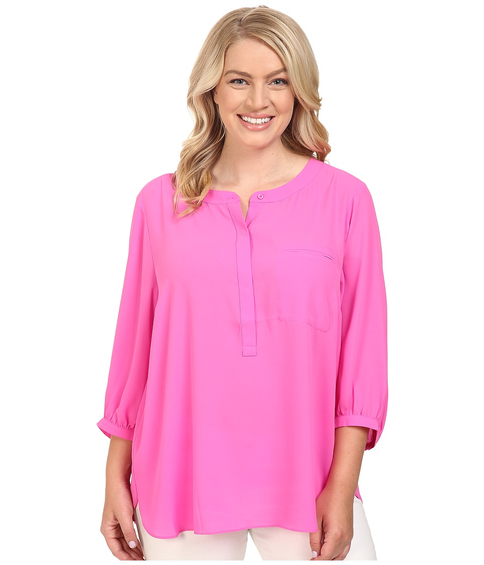 NYDJ Plus Size - Plus Size Solid 3/4 Sleeve Pleat Back (Neon Pop) Women's Long Sleeve Button Up