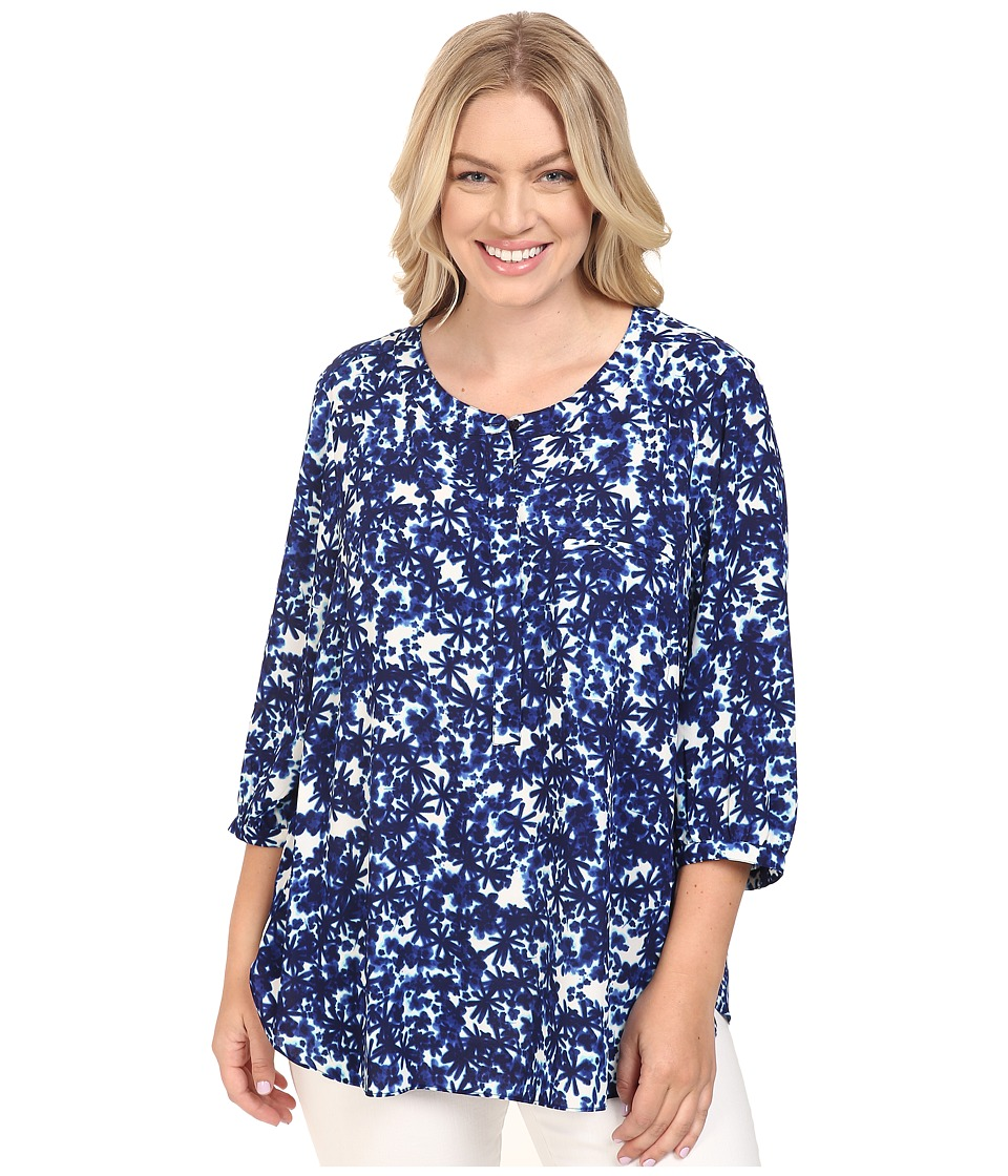 NYDJ Plus Size - Plus Size Solid 3/4 Sleeve Pleat Back (Midnight Fern Blue) Women's Long Sleeve Button Up